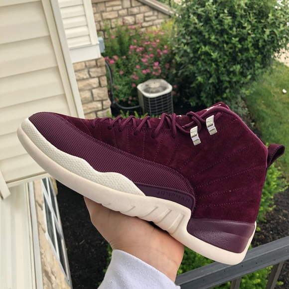 cheap for discount 9da24 79b42 Jordan 12s Maroon